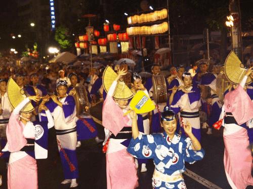 牛深ハイヤ祭り